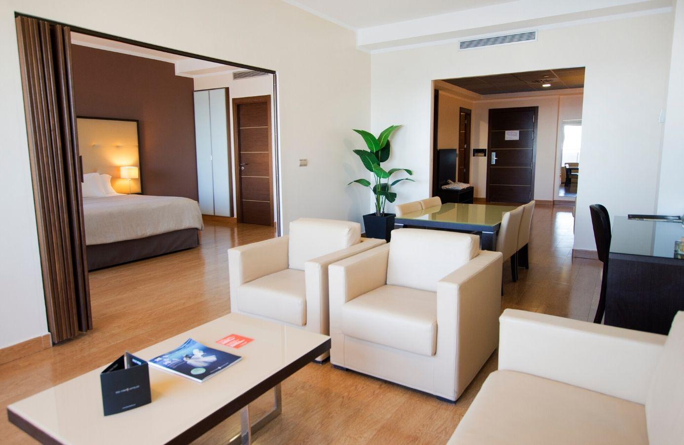 Hab. Suite Salón 1